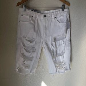 White Bermuda's URBAN OUTFITTERS